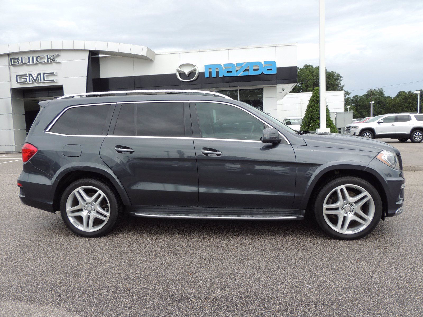 Pre-Owned 2015 Mercedes-Benz GL-Class GL 550