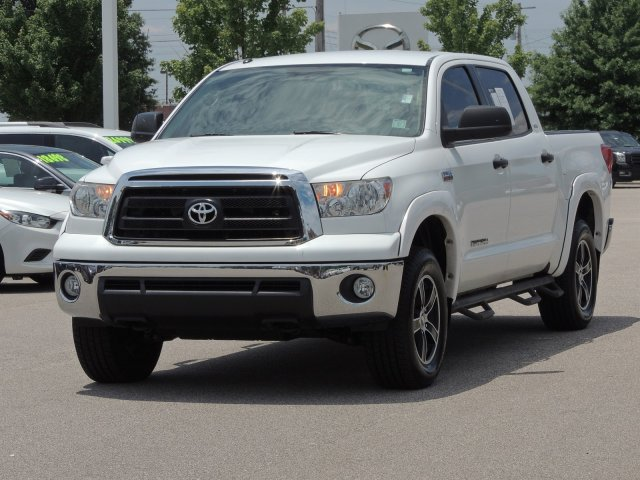 Pre-Owned 2012 Toyota Tundra 4WD Truck Grade
